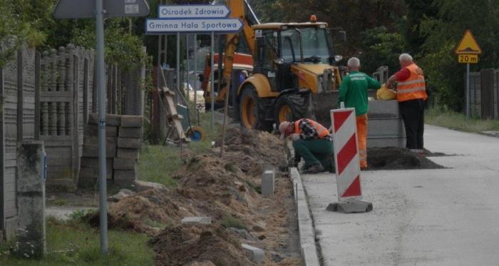Trwa remont chodnika
