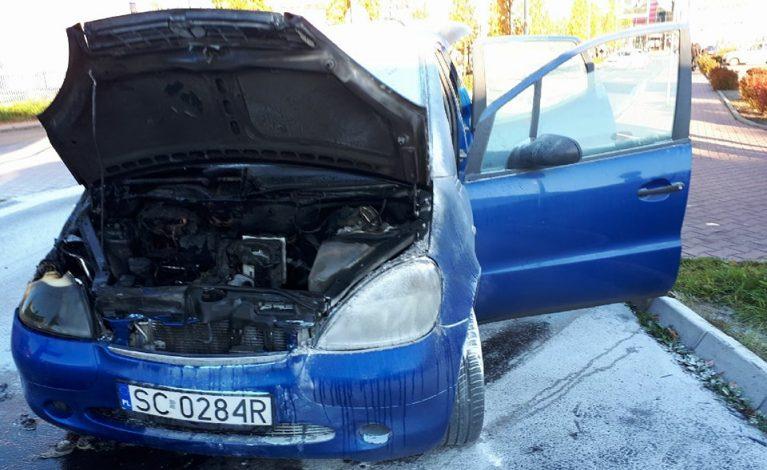 Samochód zapalił się w trakcie jazdy