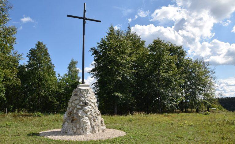 Renowacja zabytkowego krzyża