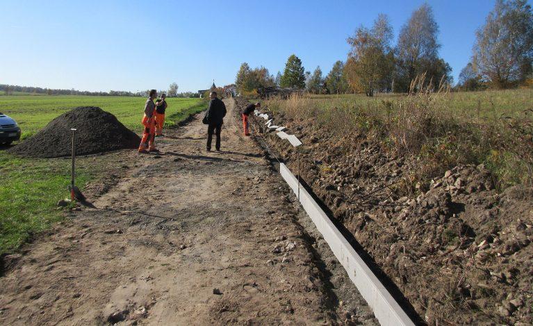 Budują ścieżkę rowerową w rejonie Przeprośnej Górki