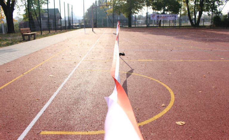 Nowe boiska przy trzech szkołach