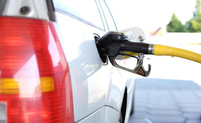 Ceny paliw ciągle rosną