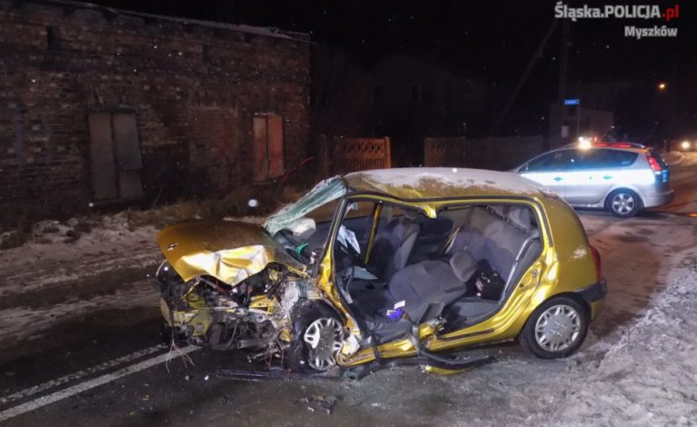 Pijany i bez uprawnień spowodował wypadek