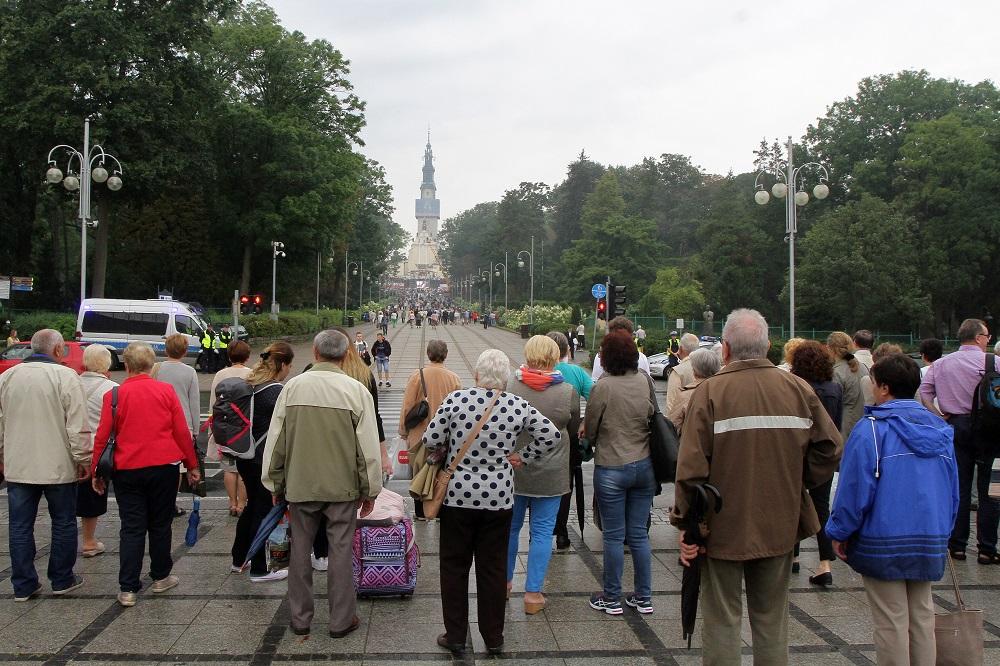Tysiące wiernych i spektakularny koncert