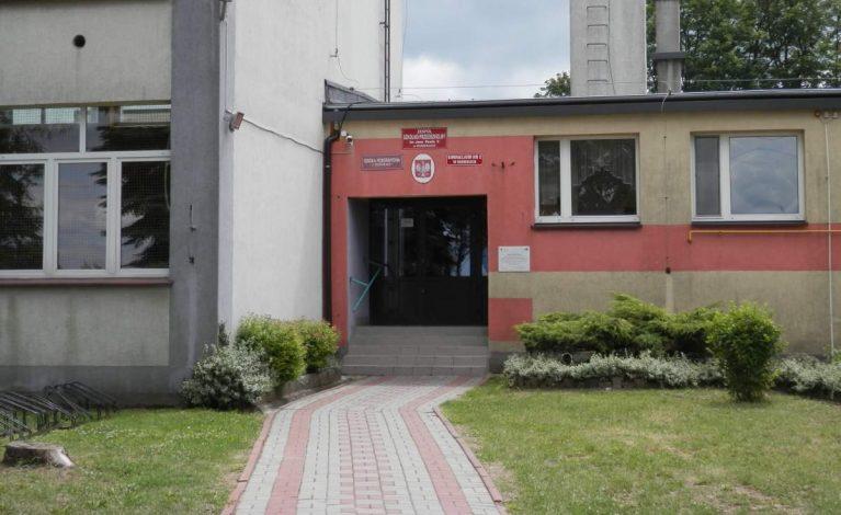Rządowa kasa dla rędzińskich szkół