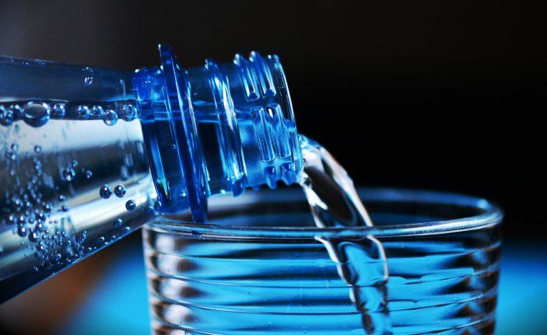 Butelkowa woda z bakterią coli!