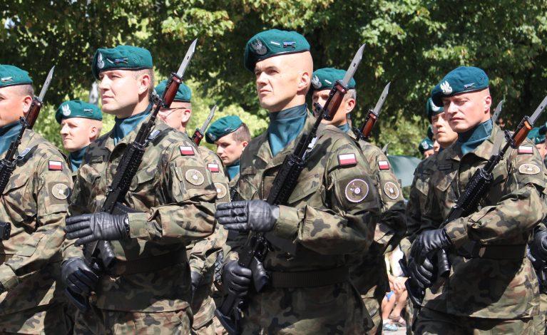 Żołnierze i warszawiacy na Jasnej Górze
