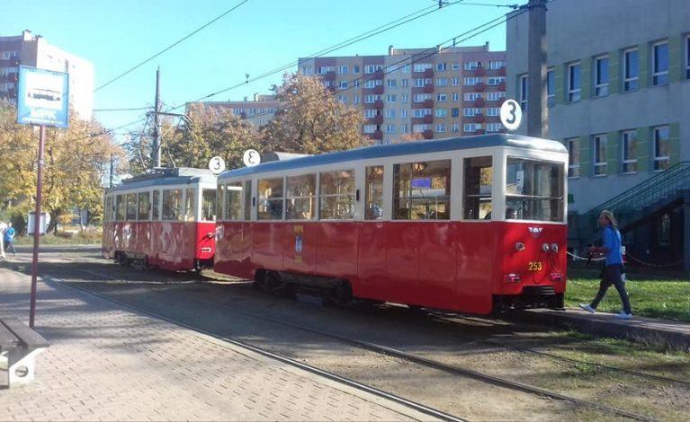 Zabytkowy tramwaj na częstochowskich torach