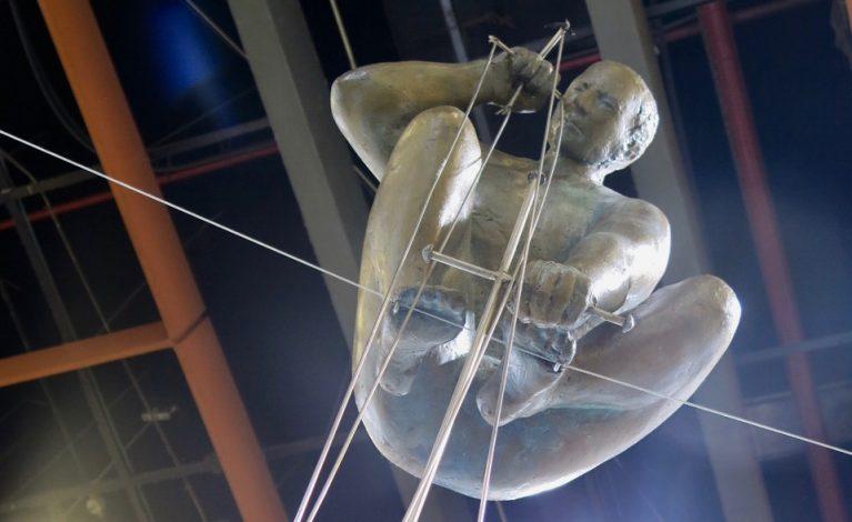 Rzeźby Kędziory w najodleglejszych zakątkach świata