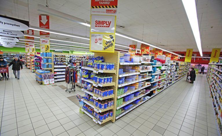 Auchan w miejsce Simply Market
