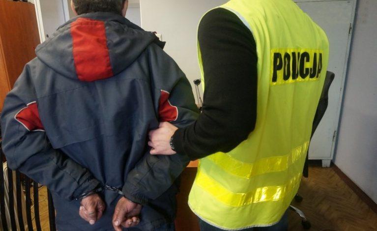 Na miejscu włamania zostawił kurtkę z dokumentami