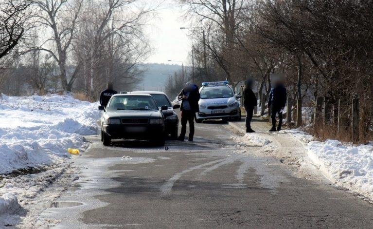 Po pijanemu, kradzionym samochodem i bez prawa jazdy