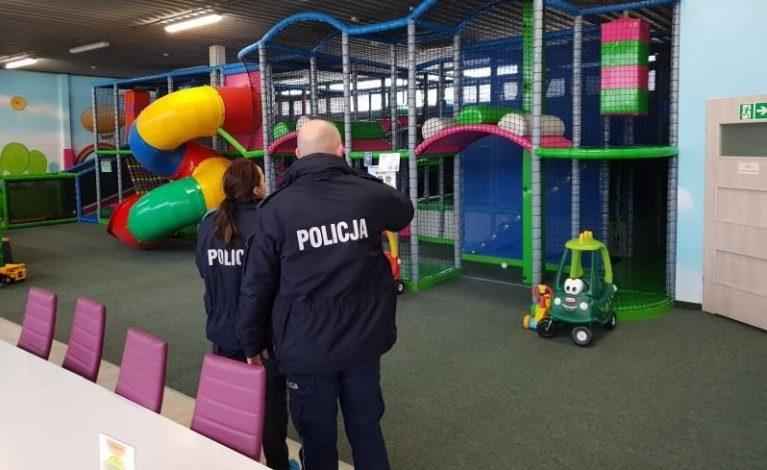 Sprawdzali bezpieczeństwo na salach zabaw