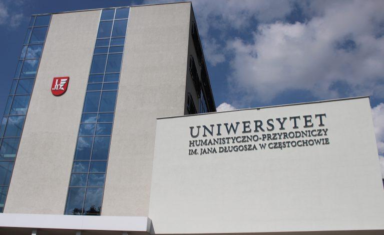 Uniwersytet z widokiem na świat