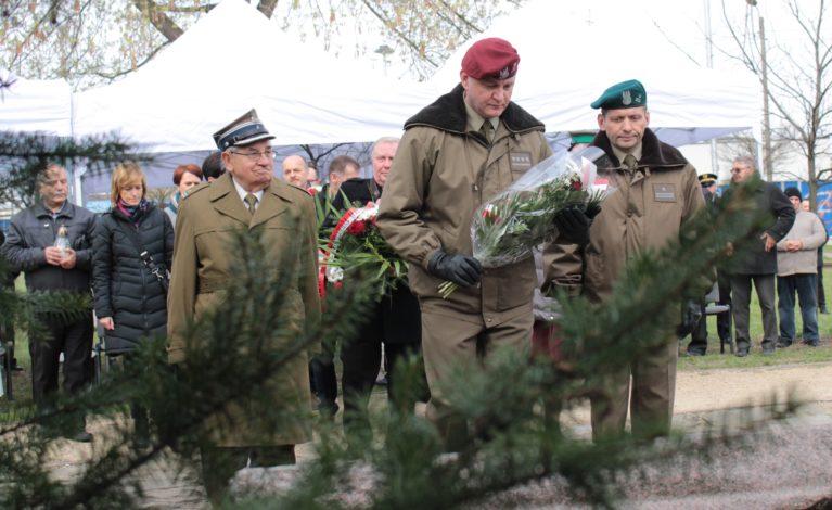 Uczcili pamięć ofiar zamordowanych w Katyniu
