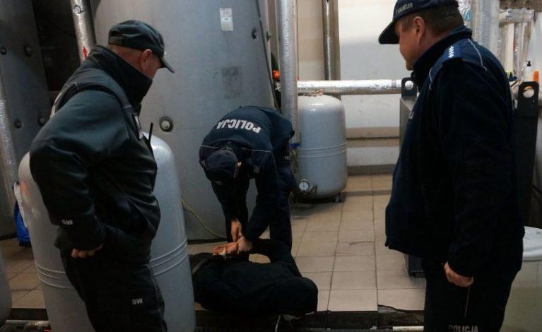 Podłożyli ładunek wybuchowy w OSSW w Kulach