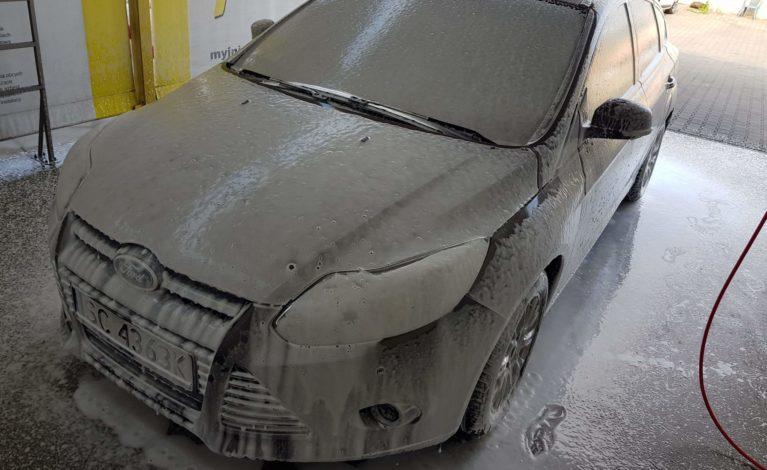 Jak często myć i czy w ogóle myć samochód, gdy na dworze na minusie!