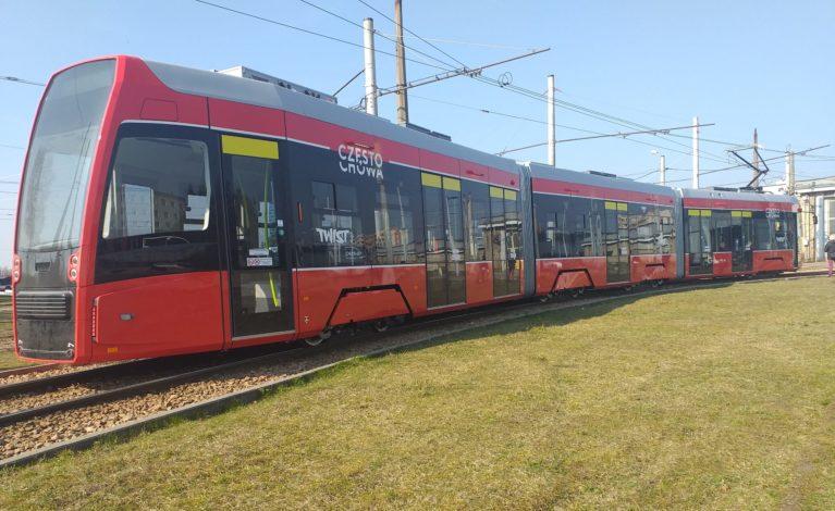 Już jest! Pierwszy z nowych dziesięciu tramwajów [VIDEO]