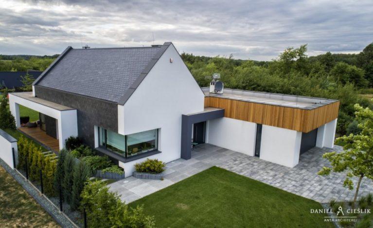 Dom w Konopiskach z szansą na europejską nagrodę