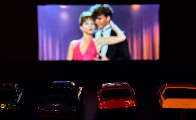 Kino samochodowe w Lublińcu. Dochód przeznaczą na szpital