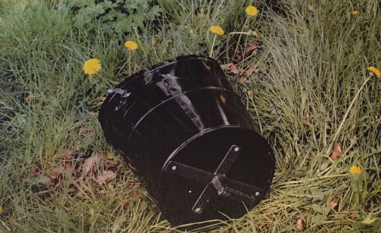 Koszęcin: ktoś zniszczył kosze na śmieci