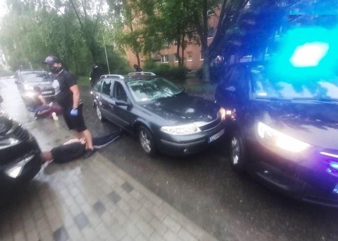Kolejni zatrzymani w związku z napadami na placówki bankowe