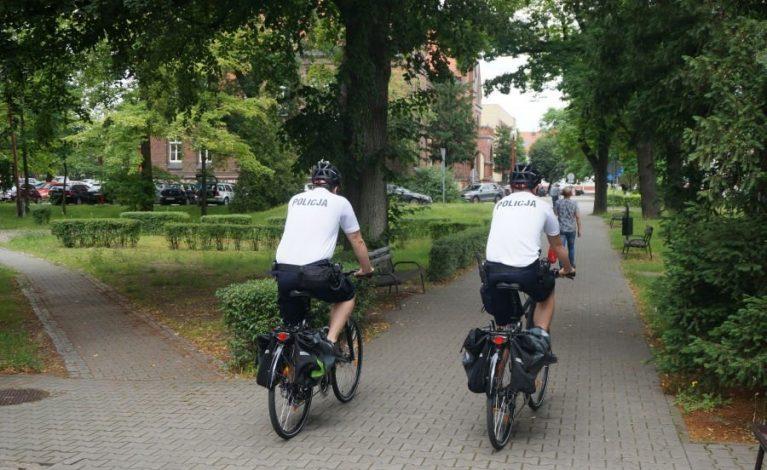 Przekazali rowery stróżom prawa