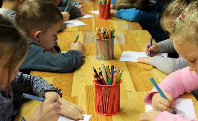 Nawet 10 tysięcy zł kary za nieposłanie dziecka do szkoły