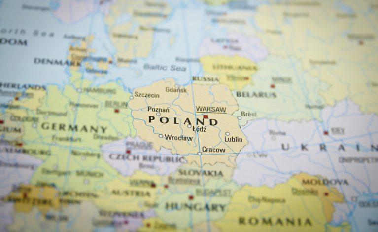 Szumowski: w powiatach, gdzie wystąpiło dużo przypadków zakażeń będą większe obostrzenia