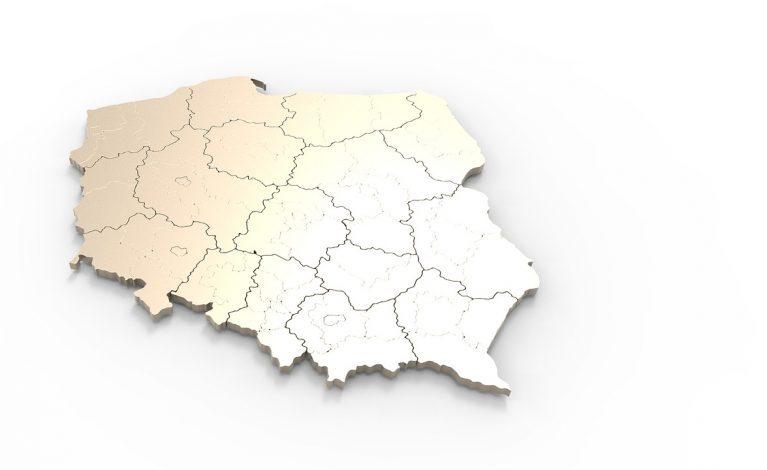 W strefie czerwonej 3 powiaty, w żółtej 8 powiatów