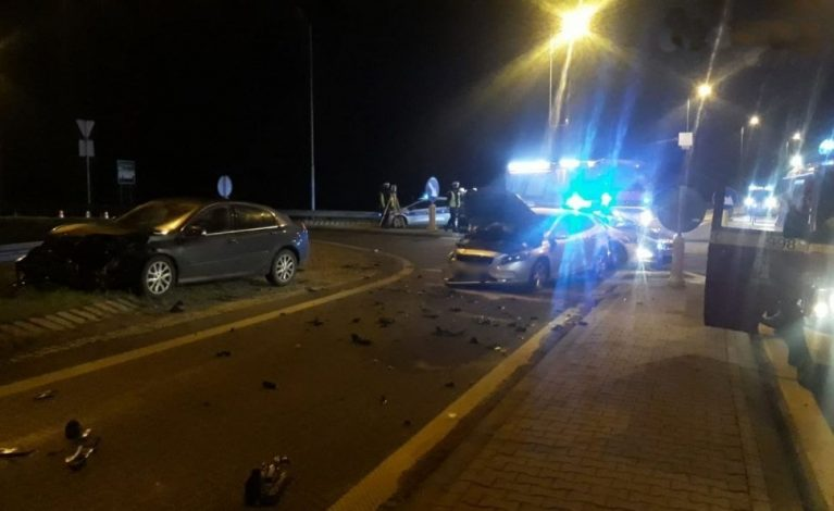 Kolejny wypadek na obwodnicy Krzepic. Ranne dzieci