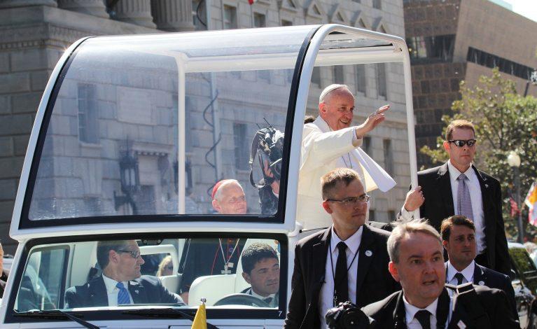 Papież popiera związki homoseksualne?
