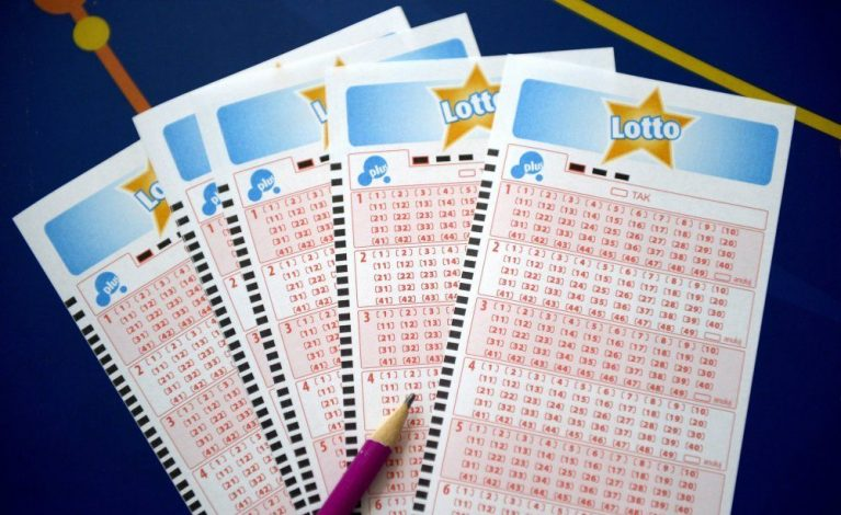 """Rośnie kumulacja w Lotto, w czwartek """"szóstka"""" może być warta 22 mln zł!"""