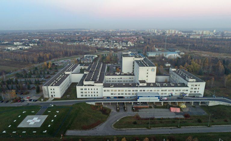 Masowe szczepienia w szpitalach miejskim i wojewódzkim