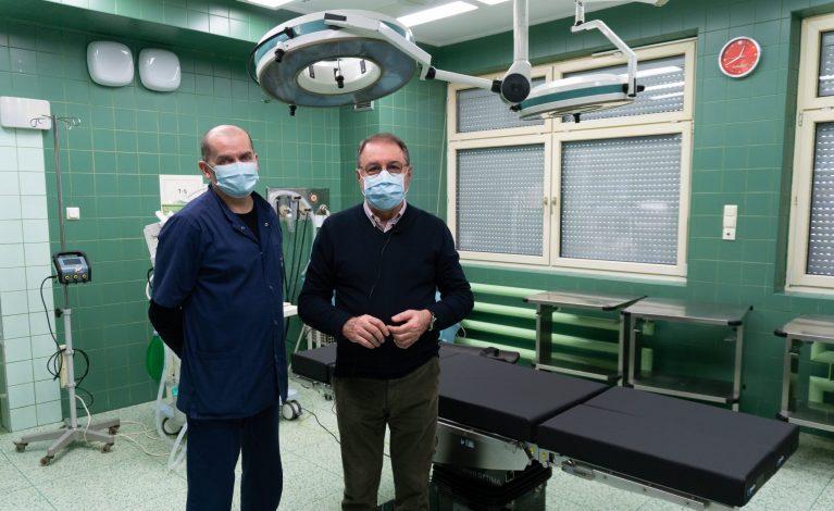 Nowoczesny stół operacyjny dla szpitala na Parkitce