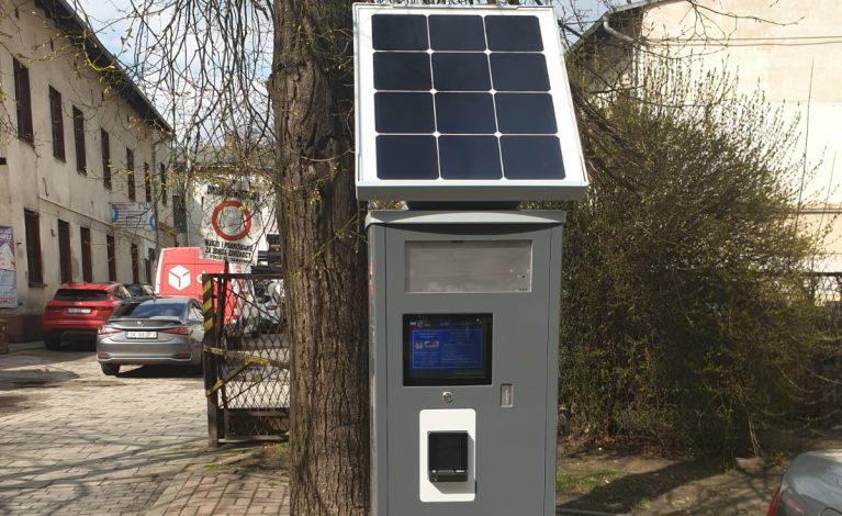 W mieście montują nowe parkomaty