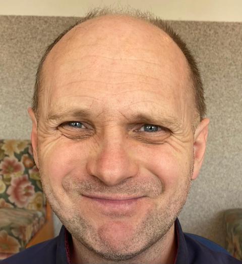 Zaginął 46-letni Jacek. Policja prosi o pomoc