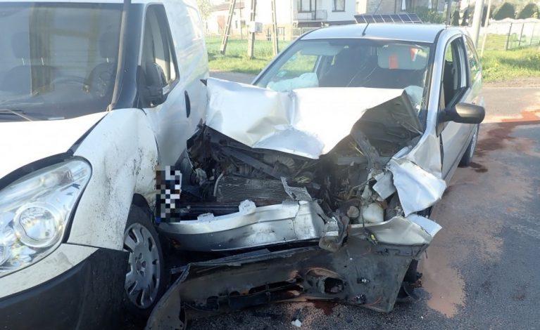 Zderzenie trzech kierowców. 34-latka nie ustąpił pierwszeństwa