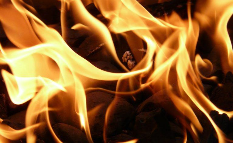 Pożar w sklepie spożywczym