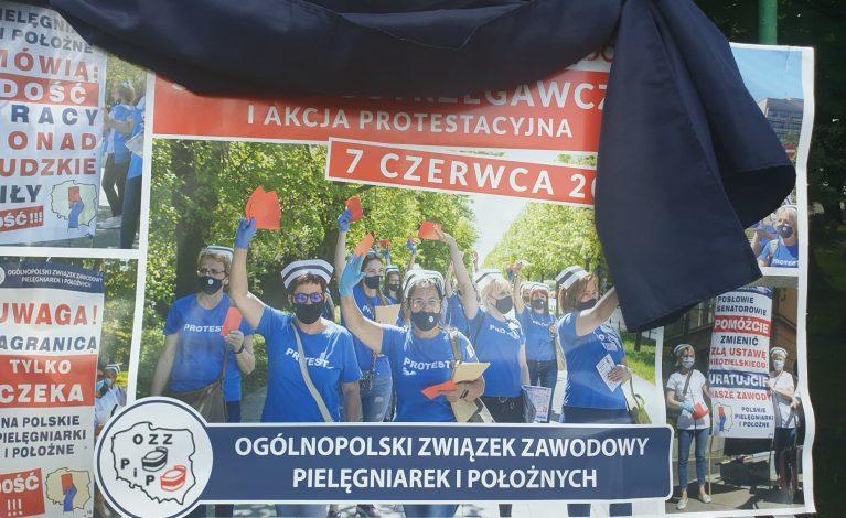 W całej Polsce trwa protest pielęgniarek