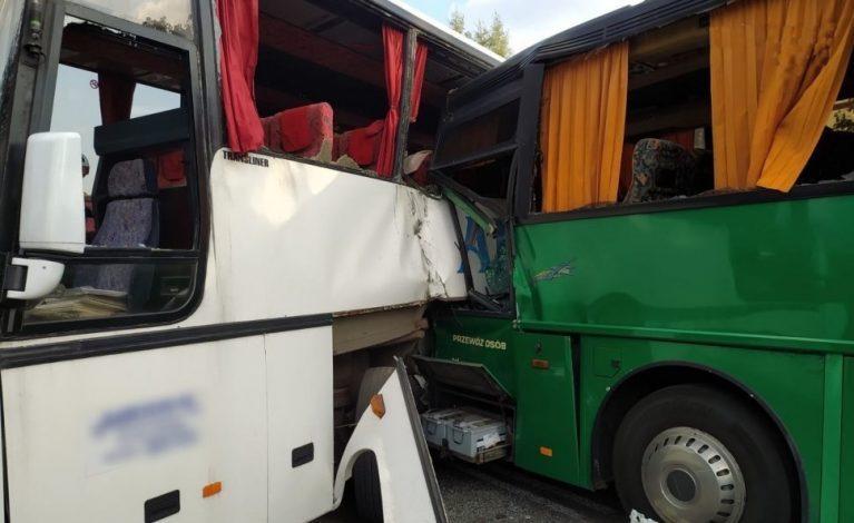 Zderzenie dwóch autobusów: prokuratura wystąpiła z wnioskiem o skazanie 75-letniego kierowcy