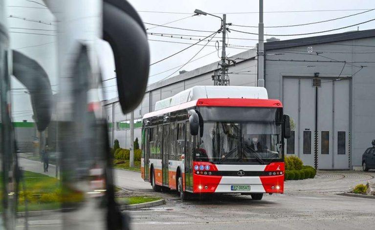 MPK znosi ograniczenia w komunikacji miejskiej