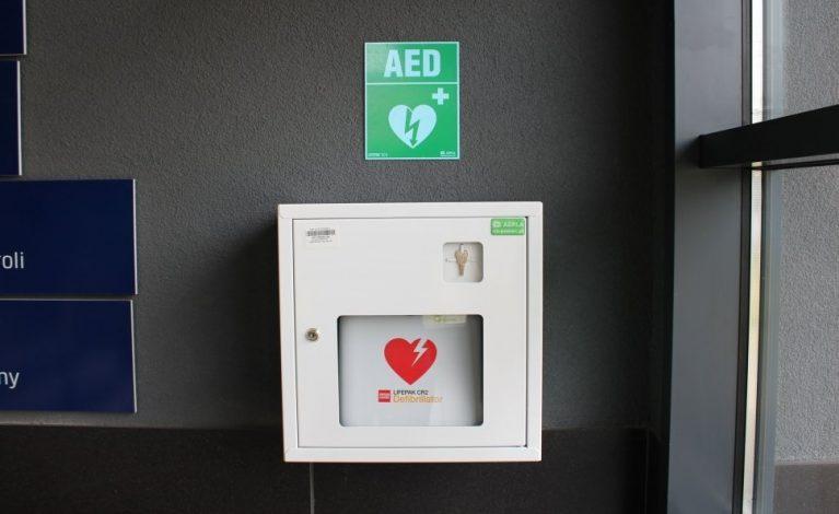 Sprzęt ratujący życie w kłobuckiej komendzie