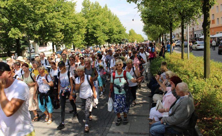 Blisko 150 pielgrzymek dotrze do Częstochowy