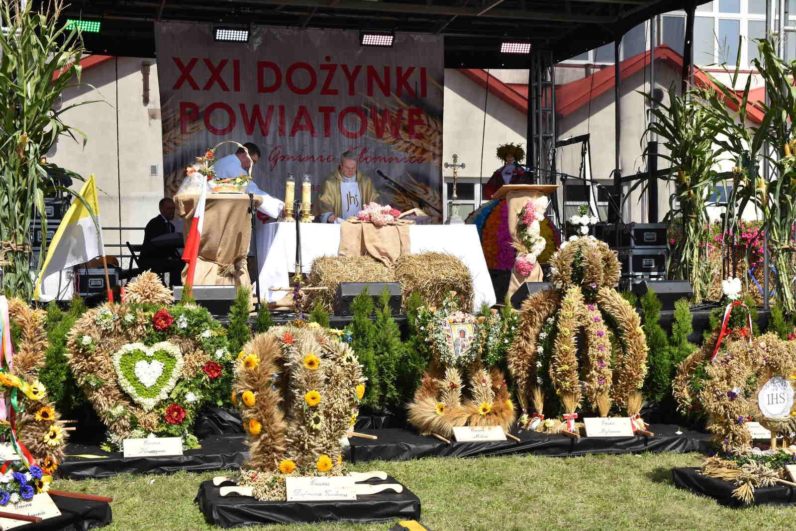 Rolnicy z całego powiatu dziękowali za plony